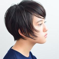 大人女子 ショート モード 黒髪 ヘアスタイルや髪型の写真・画像