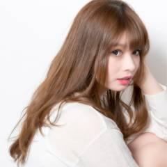 コンサバ スモーキーアッシュ ロング モテ髪 ヘアスタイルや髪型の写真・画像