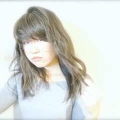 フェミニン セミロング 大人かわいい 外国人風 ヘアスタイルや髪型の写真・画像