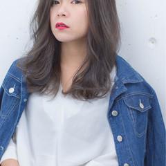 小顔 大人女子 グラデーションカラー 外国人風 ヘアスタイルや髪型の写真・画像