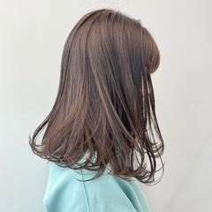 ラベンダーアッシュ デート フェミニン ラベンダーカラー ヘアスタイルや髪型の写真・画像
