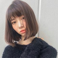 ガーリー パーマ アッシュ 前髪あり ヘアスタイルや髪型の写真・画像