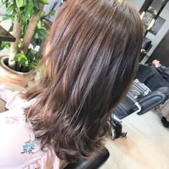 簡単ヘアアレンジ セミロング フェミニン 冬 ヘアスタイルや髪型の写真・画像