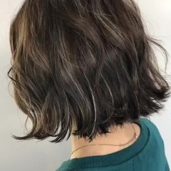 アッシュベージュ グレージュ ナチュラル 3Dカラー ヘアスタイルや髪型の写真・画像