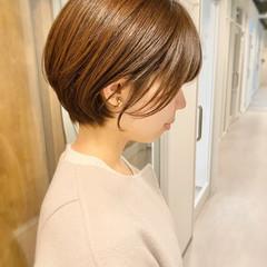 ナチュラル オフィス ショートヘア ショートボブ ヘアスタイルや髪型の写真・画像
