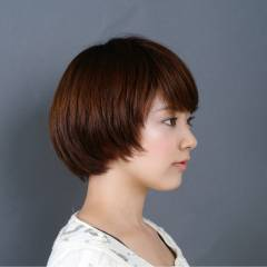ショートボブ 大人かわいい ナチュラル マッシュ ヘアスタイルや髪型の写真・画像