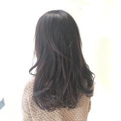 ナチュラル ロング グレージュ アッシュグレージュ ヘアスタイルや髪型の写真・画像