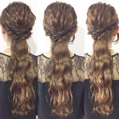 ヘアアレンジ エレガント 上品 波ウェーブ ヘアスタイルや髪型の写真・画像