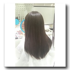 グレージュ アッシュ ストリート ロング ヘアスタイルや髪型の写真・画像