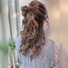 ハーフアップ フェミニン ヘアアレンジ 結婚式ヘアアレンジ ヘアスタイルや髪型の写真・画像