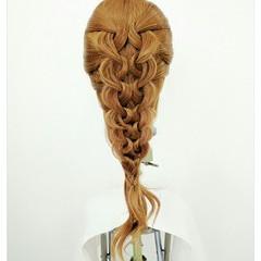 ルーズ 大人かわいい 編み込み 外国人風 ヘアスタイルや髪型の写真・画像