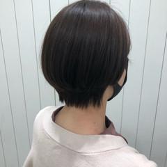 丸みショート ショートヘア 小顔ショート ナチュラル ヘアスタイルや髪型の写真・画像