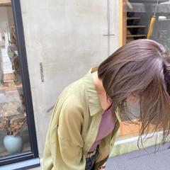 切りっぱなしボブ くすみカラー 透明感 お洒落 ヘアスタイルや髪型の写真・画像