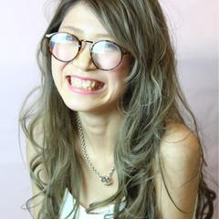 ロング ゆるふわ グラデーションカラー ガーリー ヘアスタイルや髪型の写真・画像