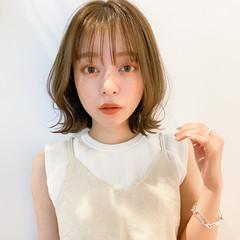 透明感カラー ミディアム 簡単ヘアアレンジ ナチュラル ヘアスタイルや髪型の写真・画像