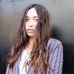 ロング 外国人風カラー バレイヤージュ 外国人風 ヘアスタイルや髪型の写真・画像