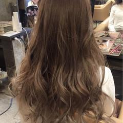 グラデーションカラー ロング ストリート ホワイトアッシュ ヘアスタイルや髪型の写真・画像