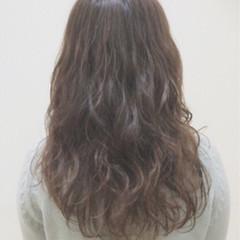 セミロング 可愛い エアリー くせ毛風 ヘアスタイルや髪型の写真・画像