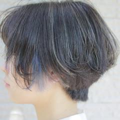 ショートボブ ダブルカラー 秋 透明感 ヘアスタイルや髪型の写真・画像
