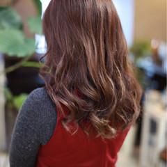 ロング ニュアンス ブラウン ハイライト ヘアスタイルや髪型の写真・画像