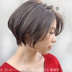 ショートヘア 切りっぱなしボブ インナーカラー ベリーショート ヘアスタイルや髪型の写真・画像