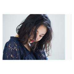 アンニュイ ゆるふわ パーマ リラックス ヘアスタイルや髪型の写真・画像