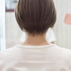 ショート グレージュ ナチュラル ミニボブ ヘアスタイルや髪型の写真・画像