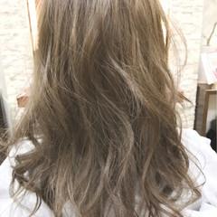 ガーリー ハイライト オリージュ セミロング ヘアスタイルや髪型の写真・画像