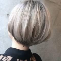 ウェットヘア グラデーションカラー ショート パンク ヘアスタイルや髪型の写真・画像