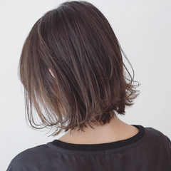 ストリート インナーカラー 秋 抜け感 ヘアスタイルや髪型の写真・画像