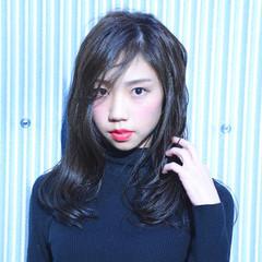 ダークアッシュ 暗髪 小顔 大人女子 ヘアスタイルや髪型の写真・画像