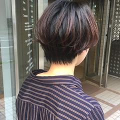 前下がりショート ショート ショートヘア ハンサムショート ヘアスタイルや髪型の写真・画像
