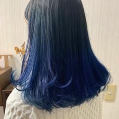 ブルー ブリーチ ネイビー ミディアム ヘアスタイルや髪型の写真・画像