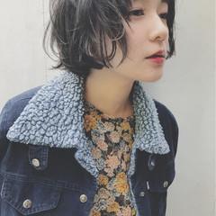 ネイビーアッシュ グレー ショート かわいい ヘアスタイルや髪型の写真・画像