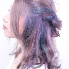 ヘアアレンジ セミロング ガーリー カラフルカラー ヘアスタイルや髪型の写真・画像