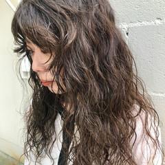 ゆるふわパーマ ヘアカラー 透明感カラー パーマ ヘアスタイルや髪型の写真・画像