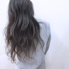 外国人風 コンサバ グラデーションカラー アッシュ ヘアスタイルや髪型の写真・画像