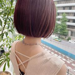 ラズベリーピンク まとまるボブ ミニボブ ボブ ヘアスタイルや髪型の写真・画像