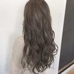 大人かわいい ハイライト ロング 外国人風 ヘアスタイルや髪型の写真・画像