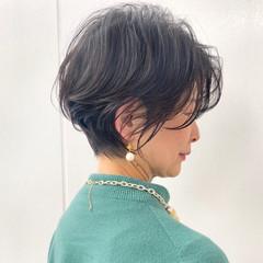 髪質改善 切りっぱなしボブ ハンサムショート ショート ヘアスタイルや髪型の写真・画像