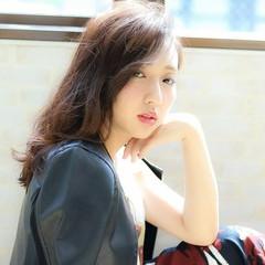 暗髪 大人かわいい ネイビー フェミニン ヘアスタイルや髪型の写真・画像