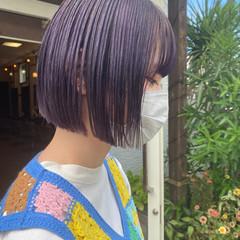 ブリーチオンカラー パープルカラー ショート フェミニン ヘアスタイルや髪型の写真・画像