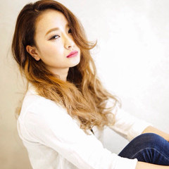 ロング 渋谷系 大人かわいい 外国人風 ヘアスタイルや髪型の写真・画像