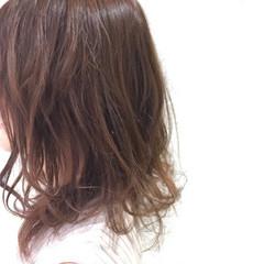 大人かわいい ミディアム フェミニン ゆるふわ ヘアスタイルや髪型の写真・画像