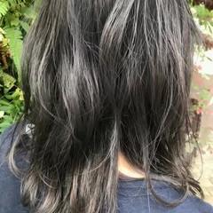 圧倒的透明感 イルミナカラー 透明感 ミディアム ヘアスタイルや髪型の写真・画像