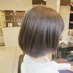 ショートボブ アッシュ グレージュ アッシュグレージュ ヘアスタイルや髪型の写真・画像