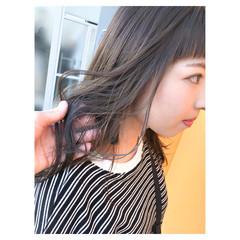 ヌーディベージュ セミロング ブルージュ ストリート ヘアスタイルや髪型の写真・画像