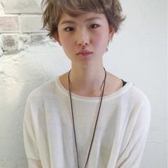 ワイドバング ブリーチ ピュア パーマ ヘアスタイルや髪型の写真・画像