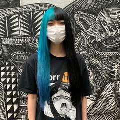 エクステ インナーカラー カラーバター 派手髪 ヘアスタイルや髪型の写真・画像