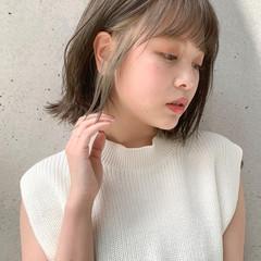 ミニボブ 小顔ヘア 透明感カラー 切りっぱなしボブ ヘアスタイルや髪型の写真・画像